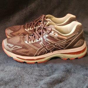 Women's Asics Gel Nimbus Running Shoe